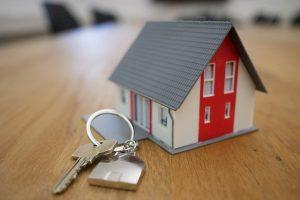 Que faut-il vérifier avant d'acheter une maison